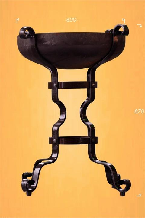 Braciere in ferro battuto complementi d 39 arredo for Complementi d arredo ferro battuto