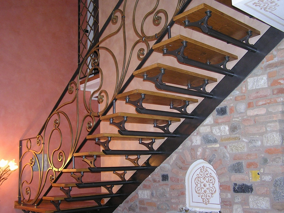 Wrought Iron Staircase With Banister