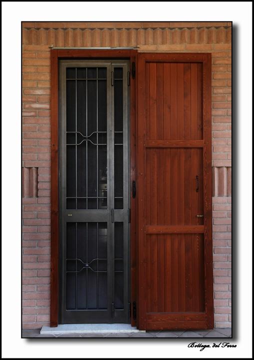 Grate in ferro battuto per la sicurezza dei tuoi spazi - Grate di sicurezza per finestre ...