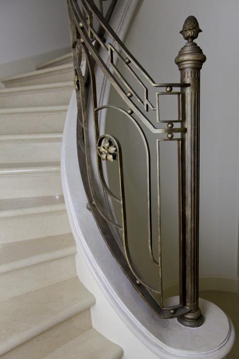 Balaustra scala e ringhiere per balconi balaustre in ferro - Ringhiere per finestre in ferro ...
