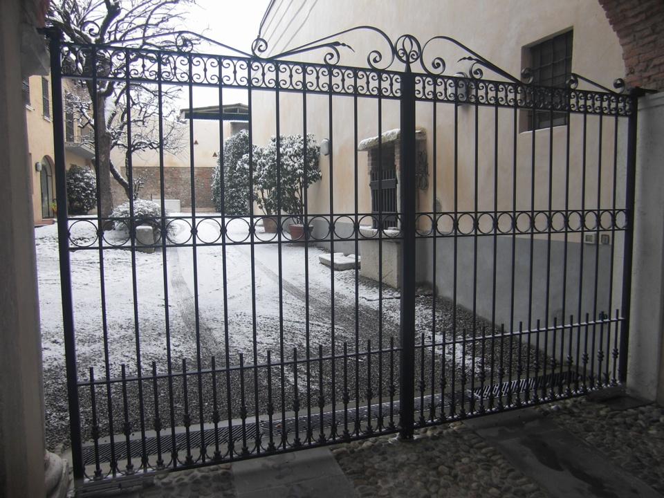 Cancello in ferro cancelli in ferro e recinzioni in ferro for Cancelli in ferro bricoman