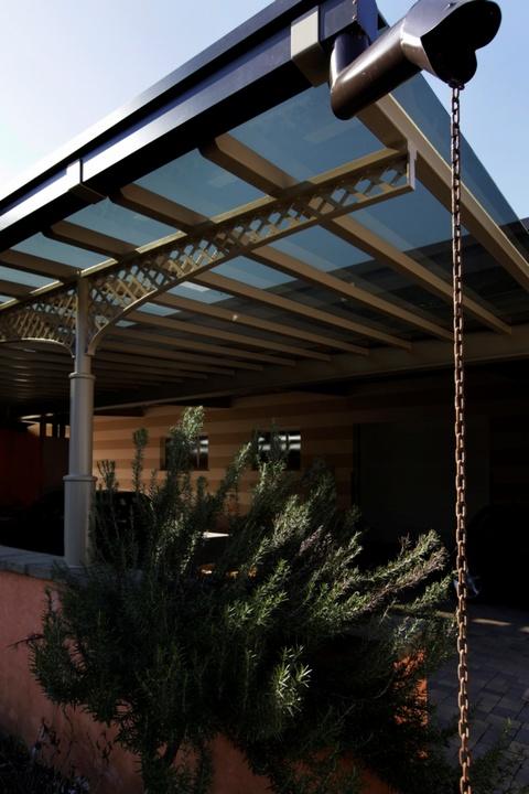 Porticato in vetro oscurato complementi d 39 arredo for Complementi d arredo ferro battuto